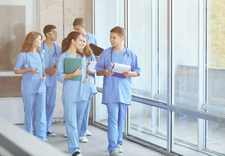 10 Best Paying Summer Jobs for Nursing Students