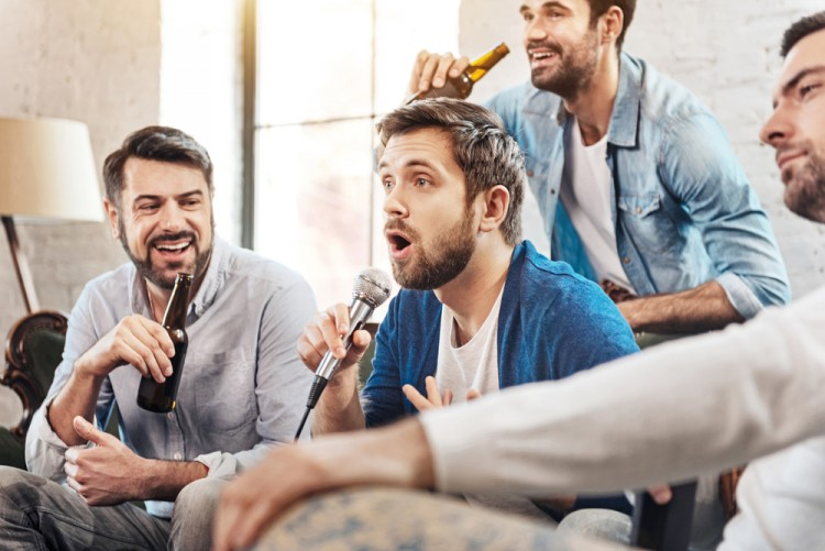 10 Best Karaoke Songs for Men with Deep Voice