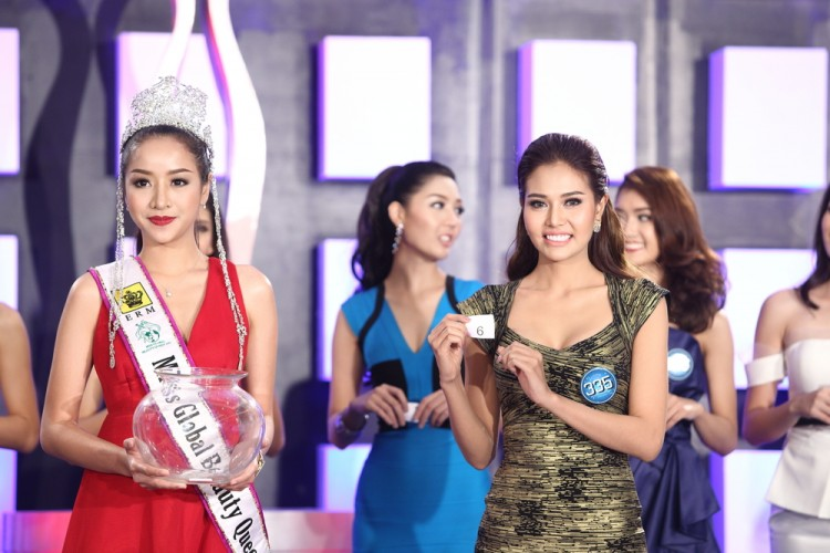 15 Funny Beauty Pageant Questions