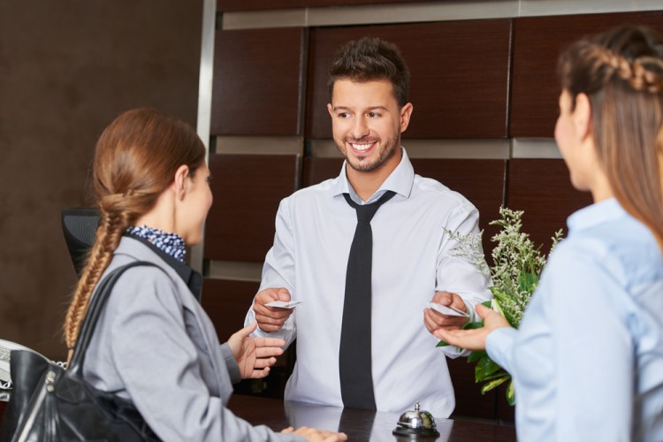 10 Best Hotel Rewards Program For Business Travelers