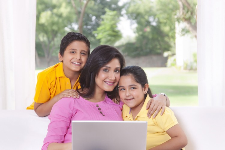 10 Best Paying Online Jobs For Indian Moms