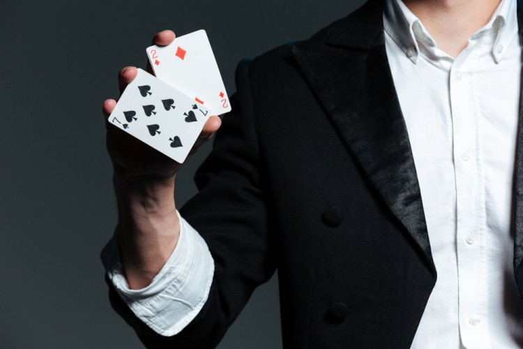 Easiest Simple Illusion Tricks To Learn For Beginners