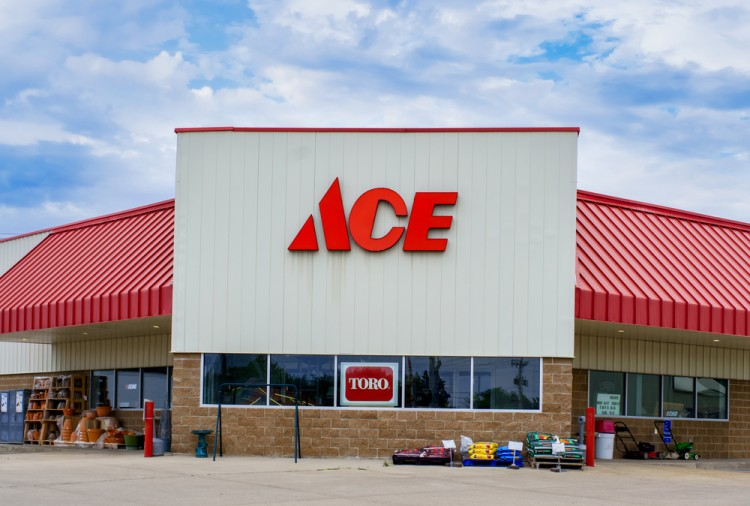 shutterstock_309245615_GRINNELL, IA/USA - AUGUST 8, 2015: Ace hardware store exterior and sign. he Ace Hardware Corporation is a retailers' cooperative in the United States. hardware, ace, store, front, shop, exterior, paint, business, carpenter, commercial, cooperative, franchise, home, industrial, repair, small, supplies, tool, warehouse, workshop, yard