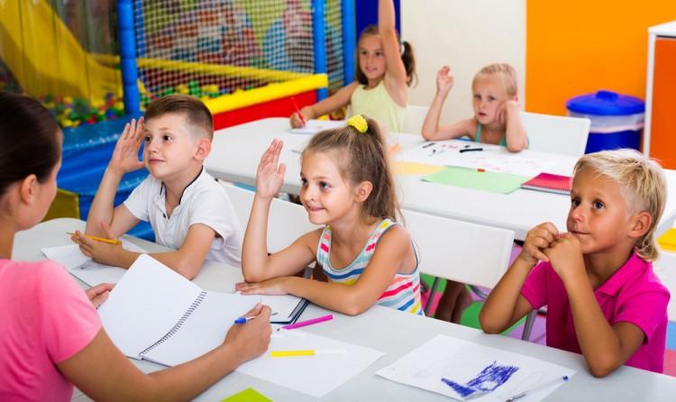 20 Good Debate Topics For Elementary Students