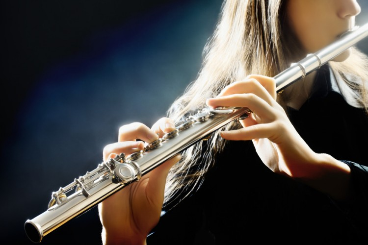 10 Easiest Flute Songs To Play For Beginners
