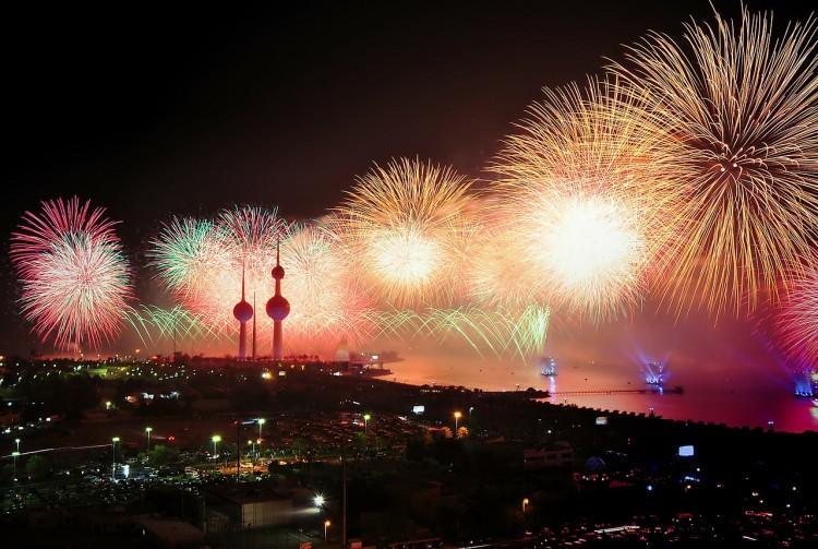 12 Biggest and Best Fireworks Displays Around the World