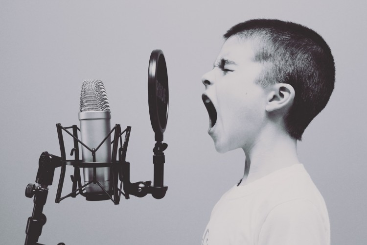 15 Easiest Karaoke Songs for Kids