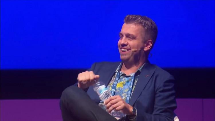 Velas CEO and Founder Alex Alexandrov. Solving the public blockchain trilemma. Image source: Velas Official YouTube.