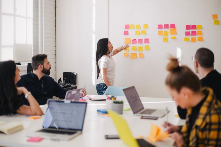 Office Presentation Postits Meeting Unsplash Free