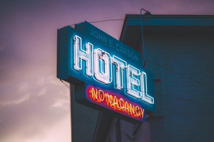 best hotel stocks to buy now